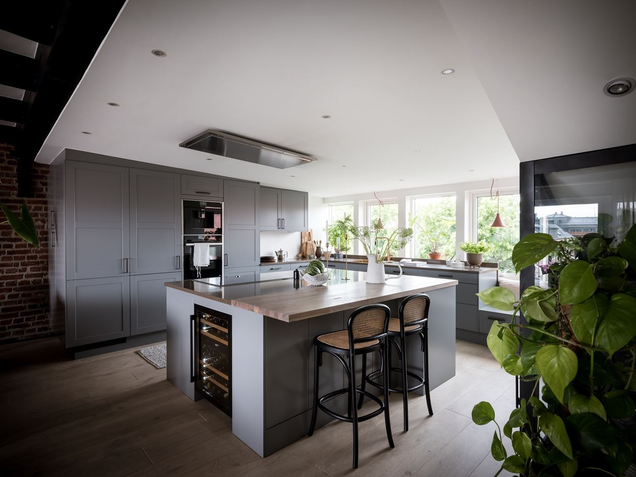 swedish-penthouse-industrial-touches-nordroom
