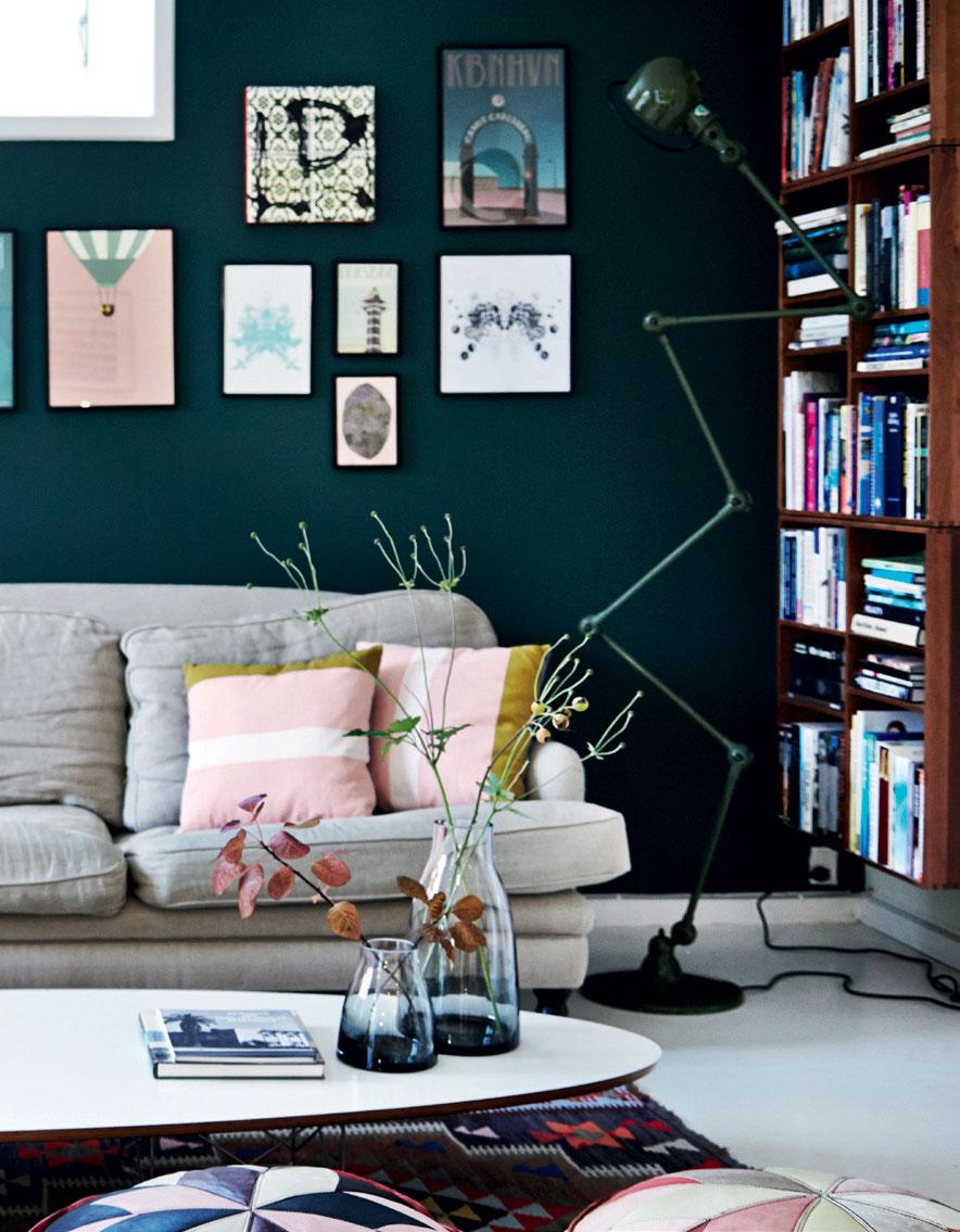 dark-green-living-room-color-trends-2022-nordroom