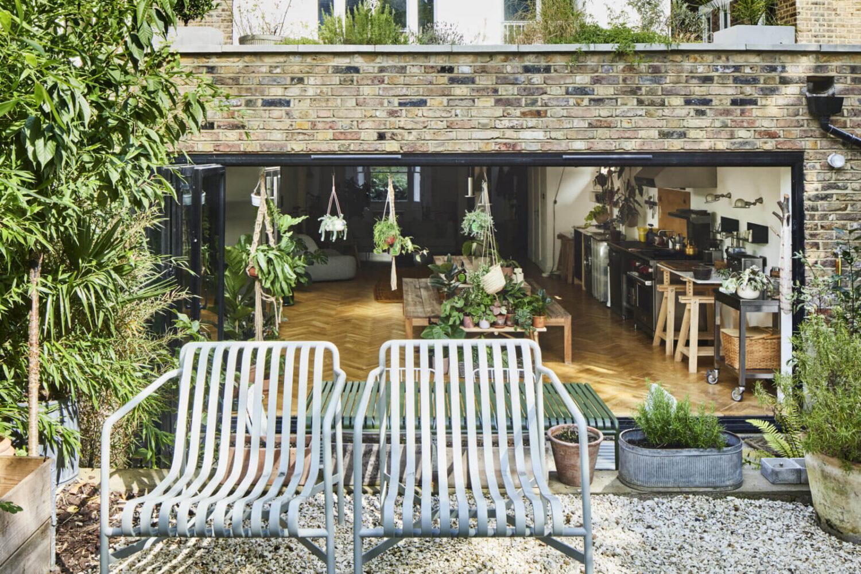 garden-open-plan-loft-victorian-townhouse-london-nordroom