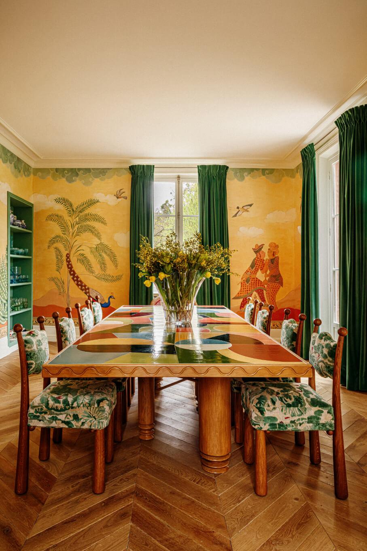dining-room-wallpaper-eclectic-villa-france-nordroom