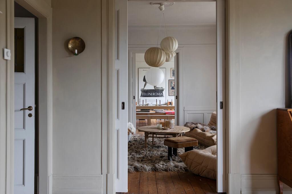 earthy-tones-historic-swedish-apartment-nordroom