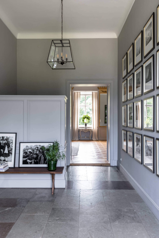 entryway-castle-conversion-sweden-nordroom