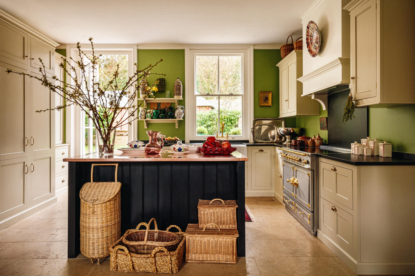 french-country-kitchen-green-walls-nordroom