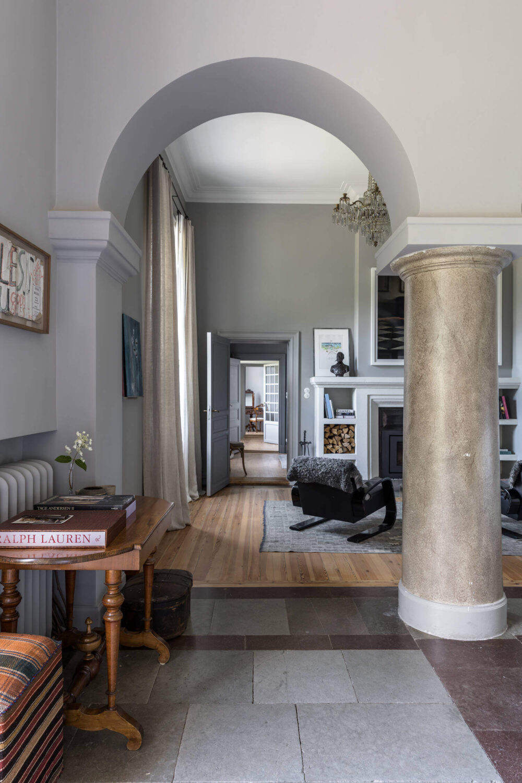 gray-apartment-swedish-castle-nordroom