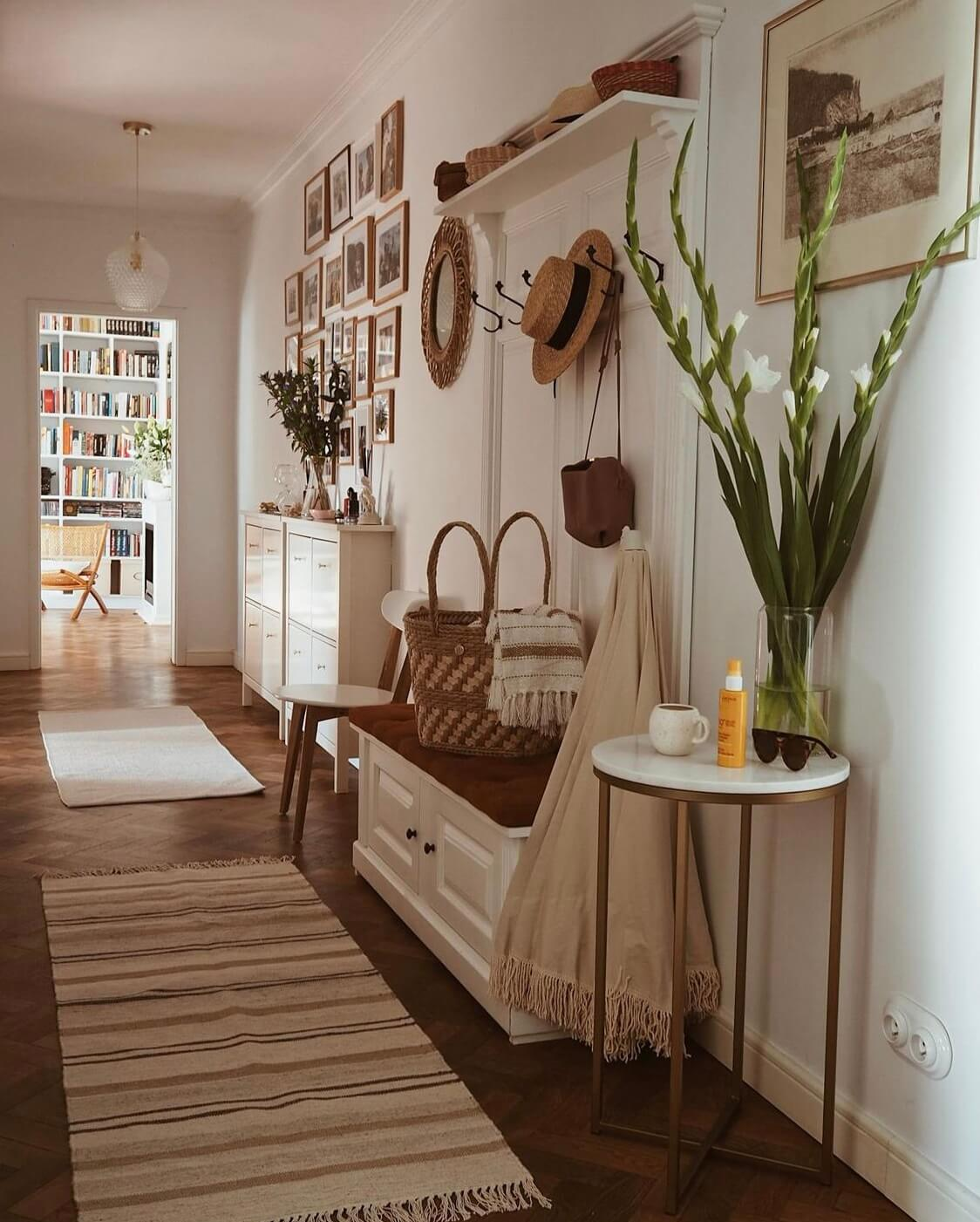 hallway-bench-runner-warm-apartment-poland-nordroom