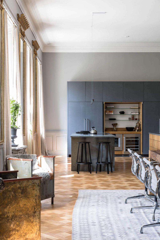 kitchen-gray-apartment-castle-sweden-nordroom