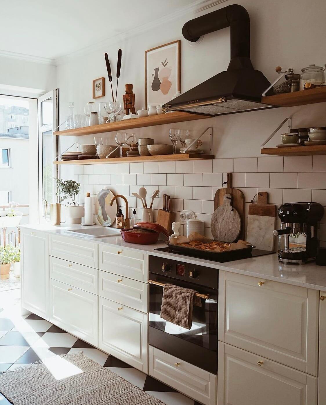 light-kitchen-open-shelves-nordroom