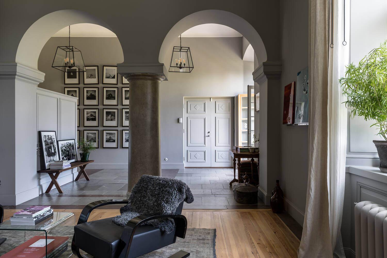 open-plan-entry-castle-conversion-nordroom