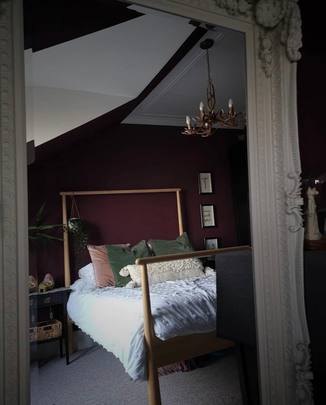 purple-bedroom-victorian-home-aberdeen-nordroom
