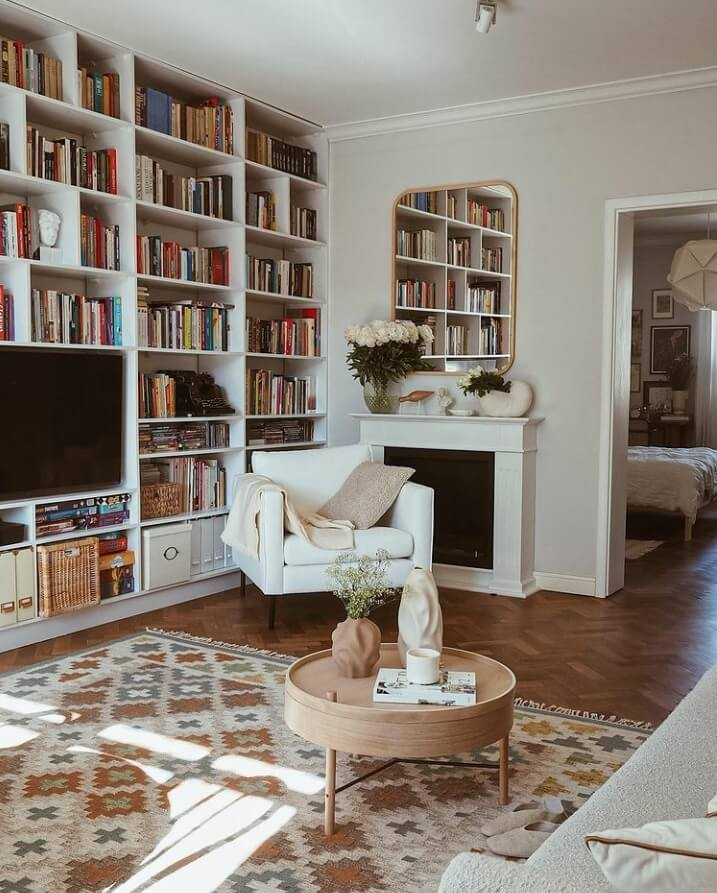 reading-nook-bookshelves-warm-apartment-nordroom