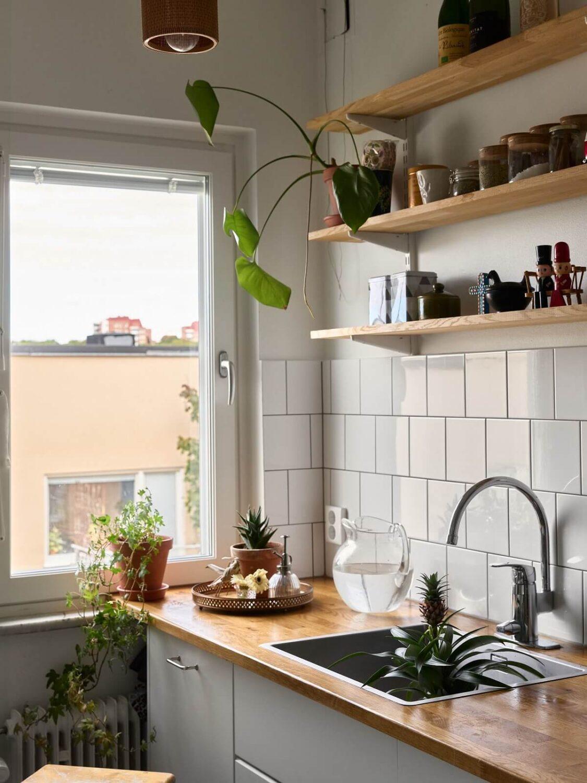 white-kitchen-open-wooden-shelves-scandinavian-interior-nordroom