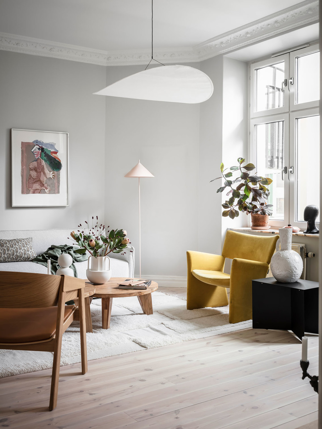 A Calm Light-Filled Apartment in Sweden