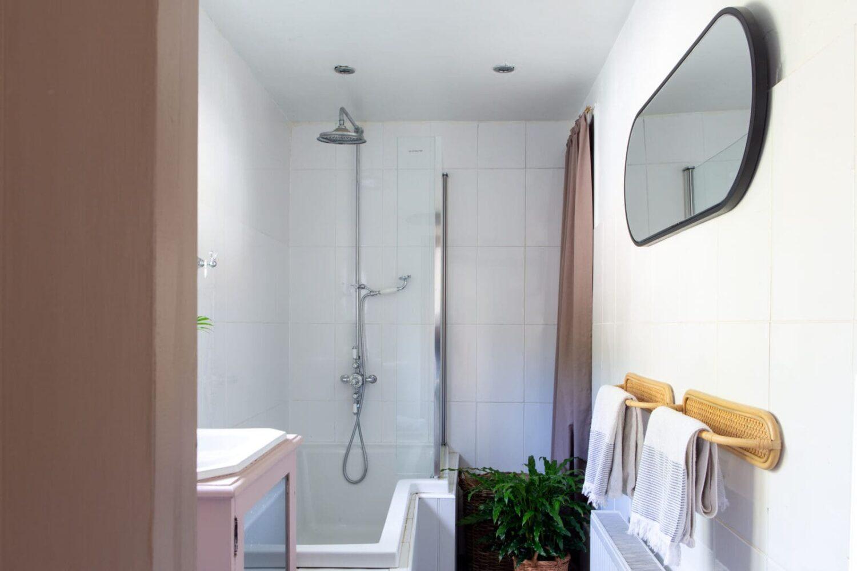 family-bathroom-georgian-home-england-nordroom
