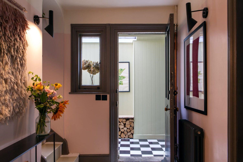 hallway-checkerboard-floor-nordroom