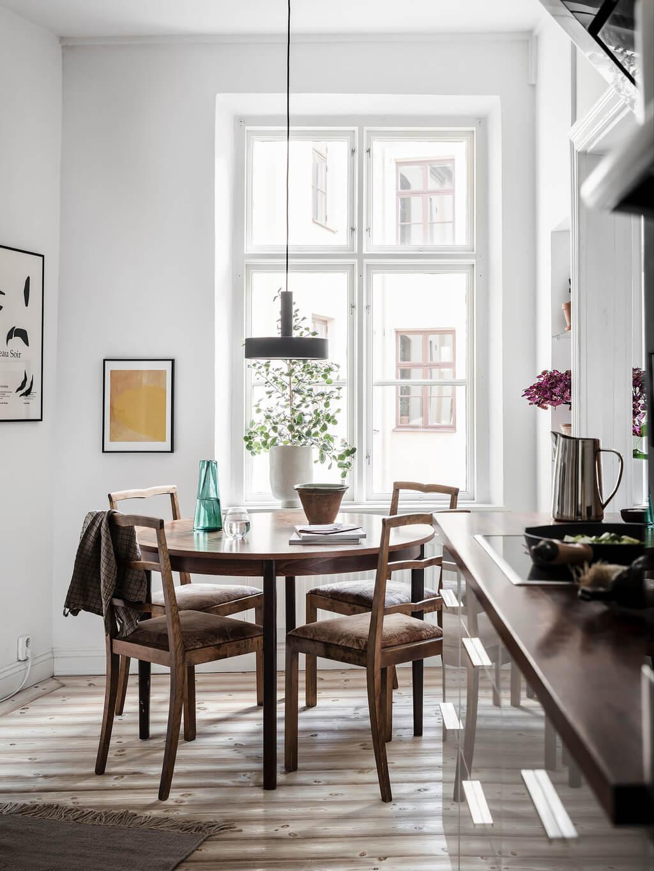 round-wooden-kitchen-table-scandinavian-home-nordroom