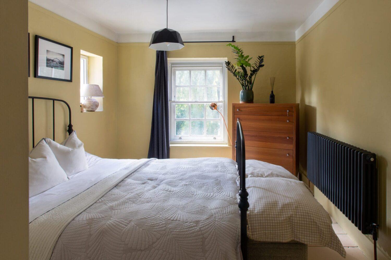 yellow-master-bedroom-georgian-home-england-nordroom